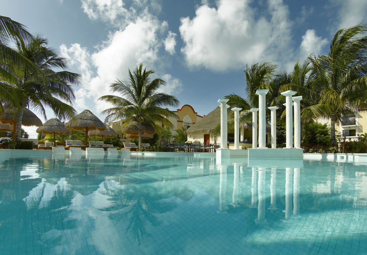 Grand Palladium Colonial And Kantenah Resorts And Spa Weddings